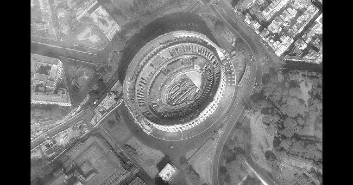 Колизей. 18 марта 2020 года @ Satellite image © 2020 Maxar Technologies