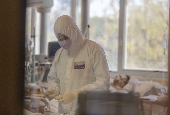 В Україні вже майже 200 заражених коронавірусом