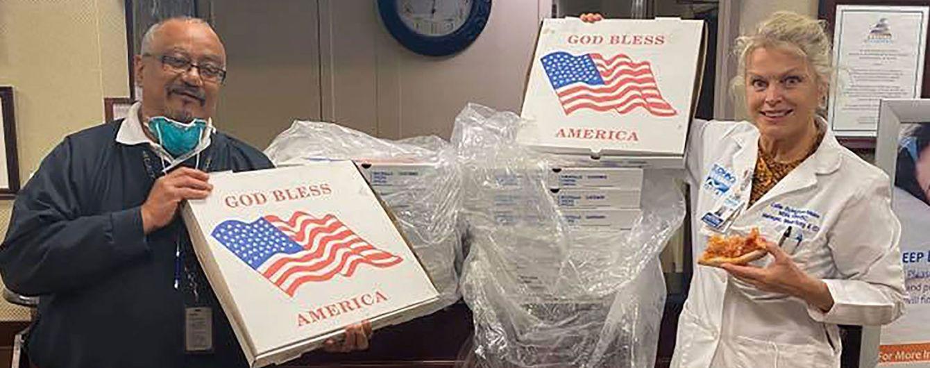 Коронавірус в США: Білл та Гілларі Клінтон відправили понад 400 піц до нью-йоркських лікарень