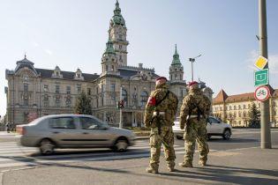 В Венгрии ограничивают передвижение граждан и вводят спецчасы покупок для пенсионеров