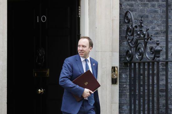 Міністр охорони здоров'я Великої Британії заразився коронавірусом