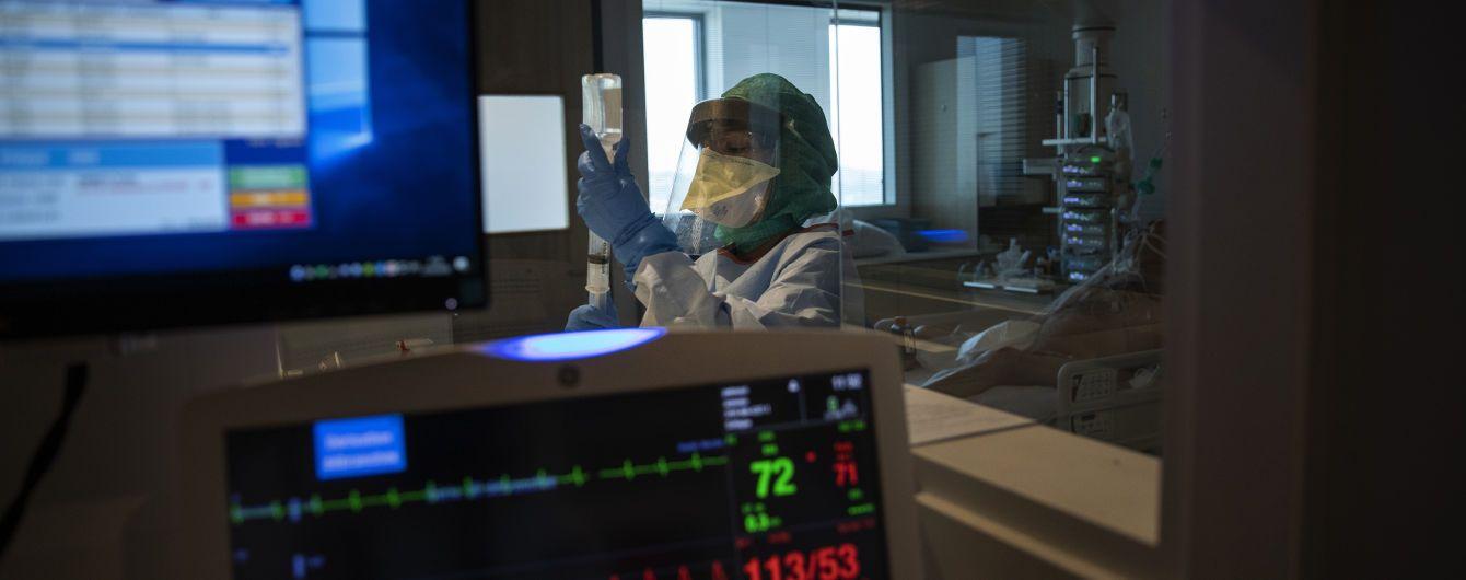 Іспанія пройшла пік епідемії коронавірусу: настає спад захворюваності
