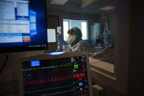 У Чернівцях 5-річну дитину з коронавірусом підключили до апарату ШВЛ: стан дівчинки важкий