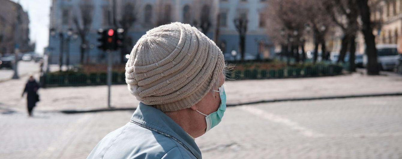 Кількість заражених коронавірусом в Україні перевалила за 350 осіб, смертей уже дев'ять