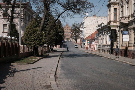 У Чернівецькій області новим коронавірусом заразилися ще пів сотні людей