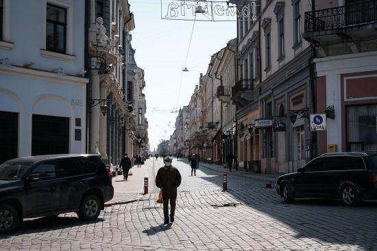 """""""Так тримати!"""": у Чернівецькій області ще вісім десятків інфікованих вилікувалися від коронавірусу"""