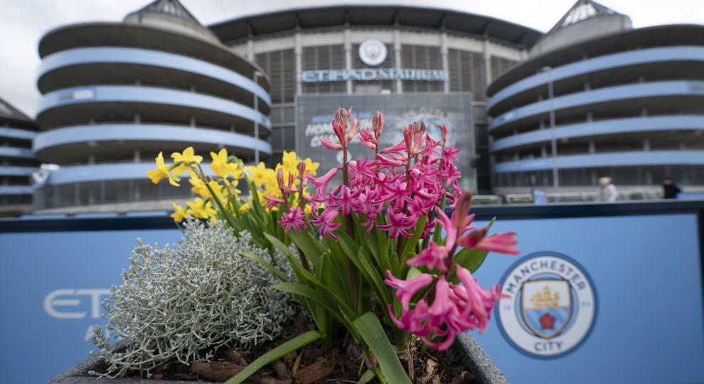 АПЛ домовляється з владою про поновлення футбольного сезону