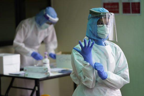 В Україні коронавірусом заразилися майже 950 людей – дані МОЗ