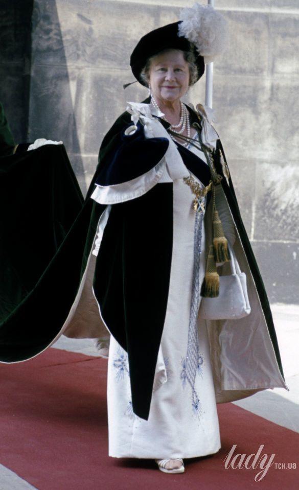 Елизавета Боуз-Лайон_1