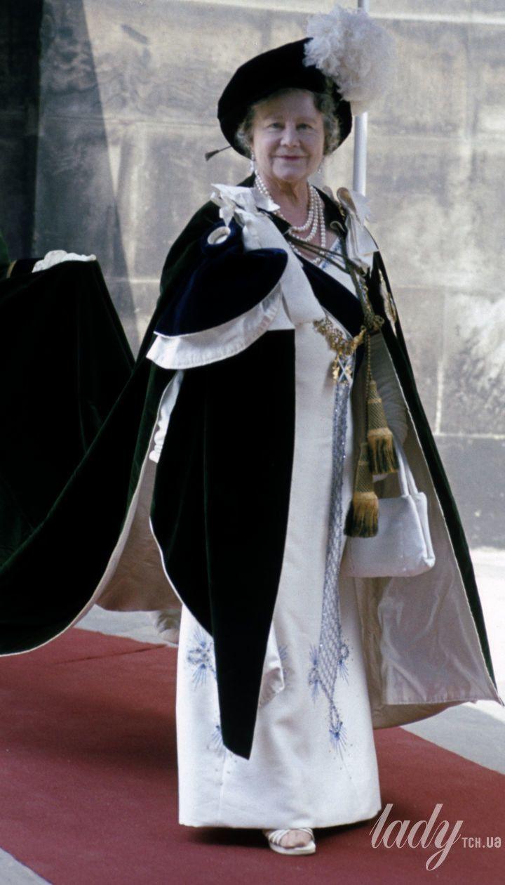 Єлизавета Боуз-Лайон