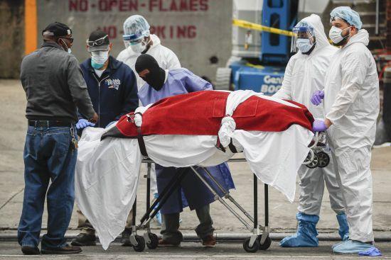 Трамп оновив прогноз щодо можливої кількість американців, які помруть від ускладнень коронавірусу