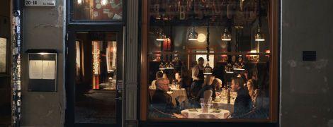 Відкриті бари, школи та кінотеатри: чому Швеція не поспішає запроваджувати карантин через коронавірус