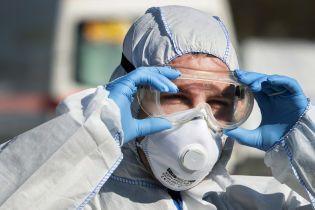 Кількість заражених коронавірусом у світі сягнула понад 930 тисяч