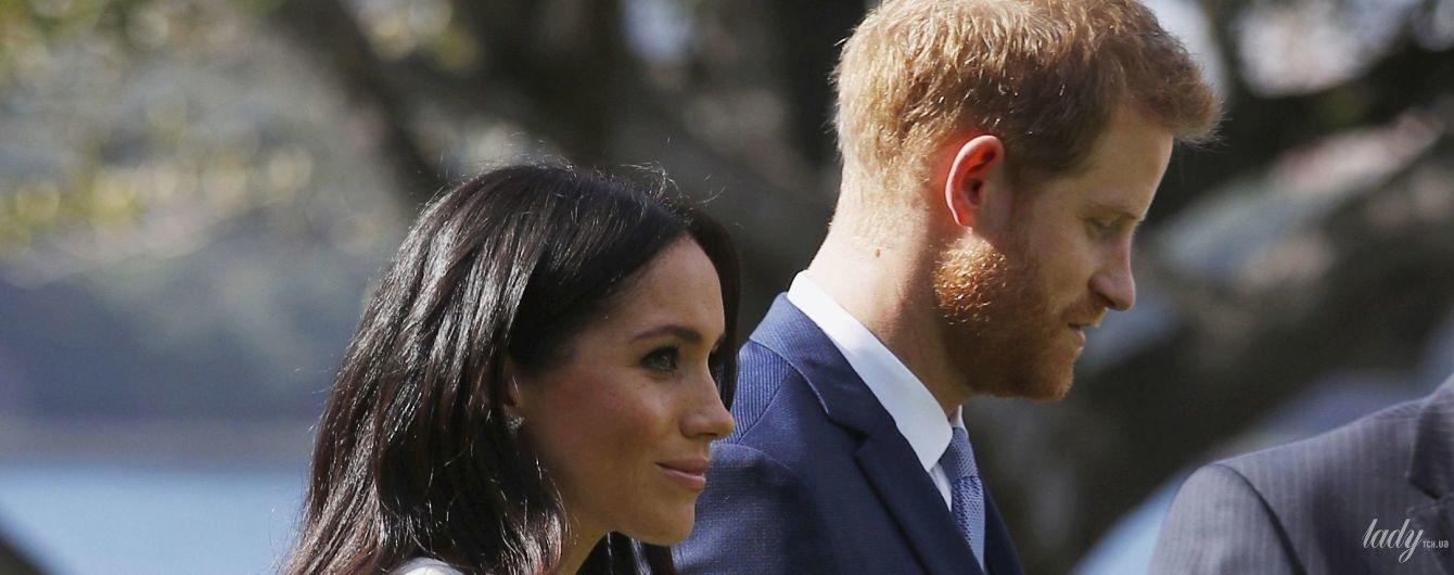 Принц в печали: пока герцогиня Меган строит планы, ее муж Гарри тоскует по дому