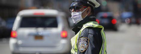 Понад 6 тисяч офіцерів на лікарняному: у Нью-Йорку на коронавірус масово нездужають поліцейські