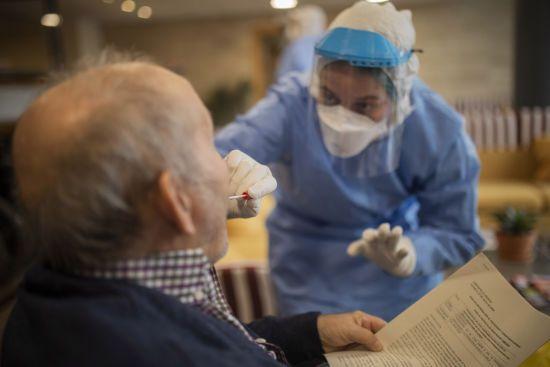Піку захворюваності на коронавірус 14 квітня не буде - Ляшко