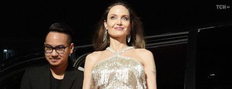 Анджелина Джоли рассказала, продлит ли ее сын Мэддокс обучение в Южной Корее