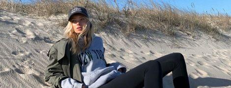 """""""За пределами прекрасного"""": Эльза Хоск показала, как позировала на пустынном пляже"""