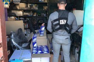 СБУ блокувала незаконне вивезення до Європи десяти тисяч респіраторів