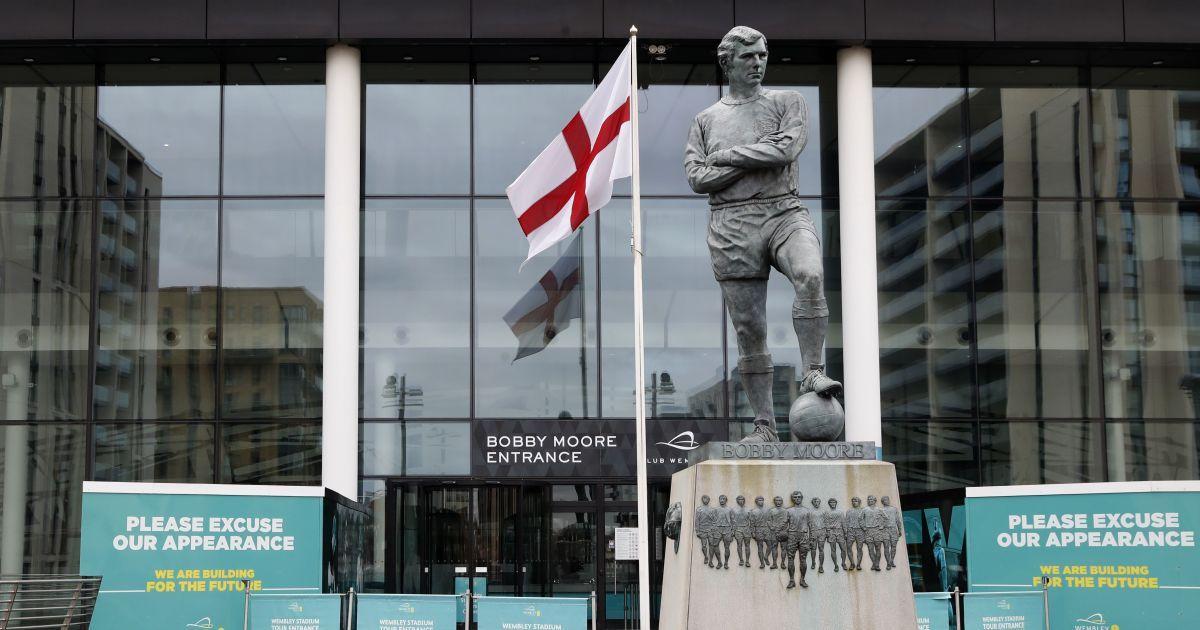 Сумма впечатляет: в английском футболе оценили огромные убытки от коронавирусной паузы