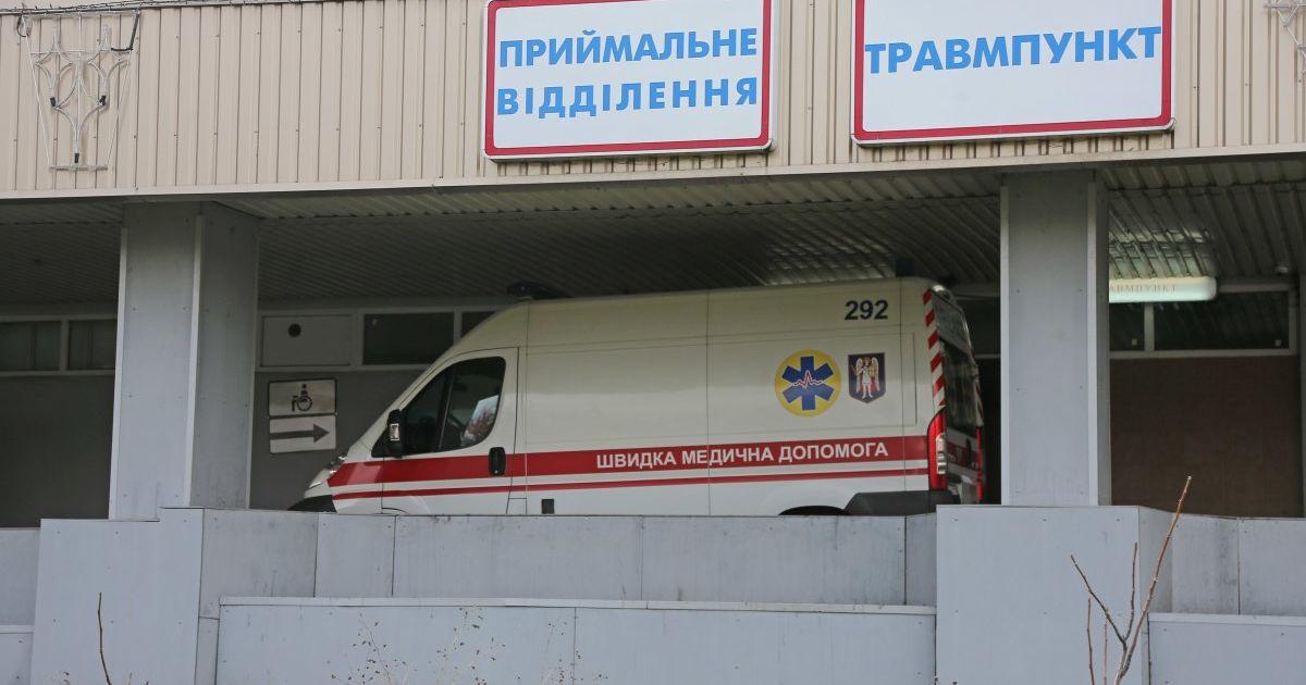Во Львове в лифтовую шахту упал строитель