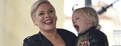 Співачка Пінк та її 3-річний син заразилися коронавірусом