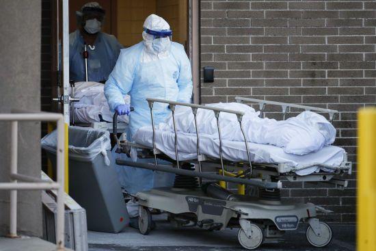 У США кількість померлих від коронавірусу перевищила позначку в 10 тисяч