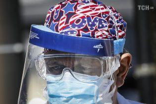 Медик з Нью-Йорка розповіла про нестачу захисту для лікарів та головний страх персоналу шпиталів