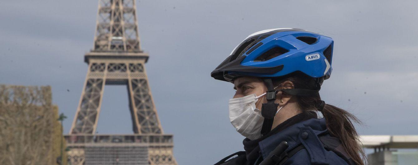 Во Франции анонсировали три этапа смягчения карантина: Макрон назвал даты