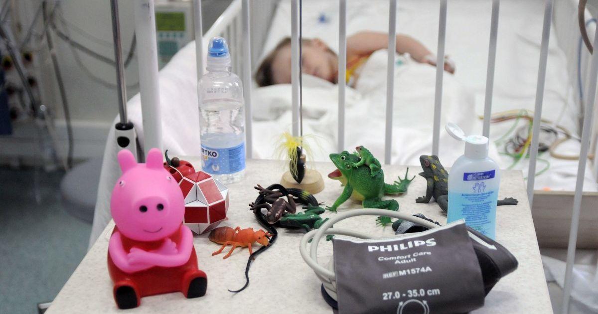 Лікарі розповіли про стан врятованої із вогню шестирічної дитини у Вінницькій області