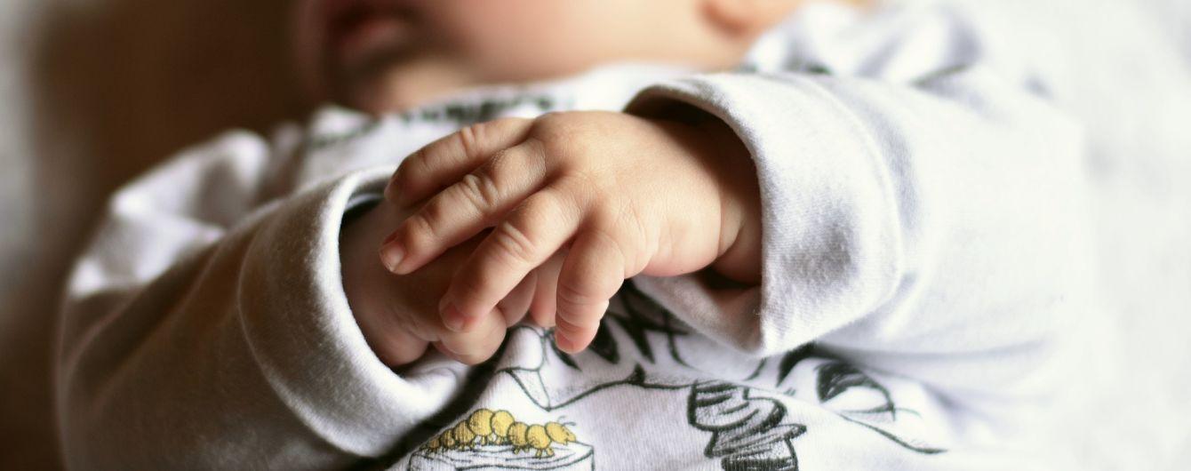 В Ізраїлі коронавірус виявили у восьмиденного немовля і його мами