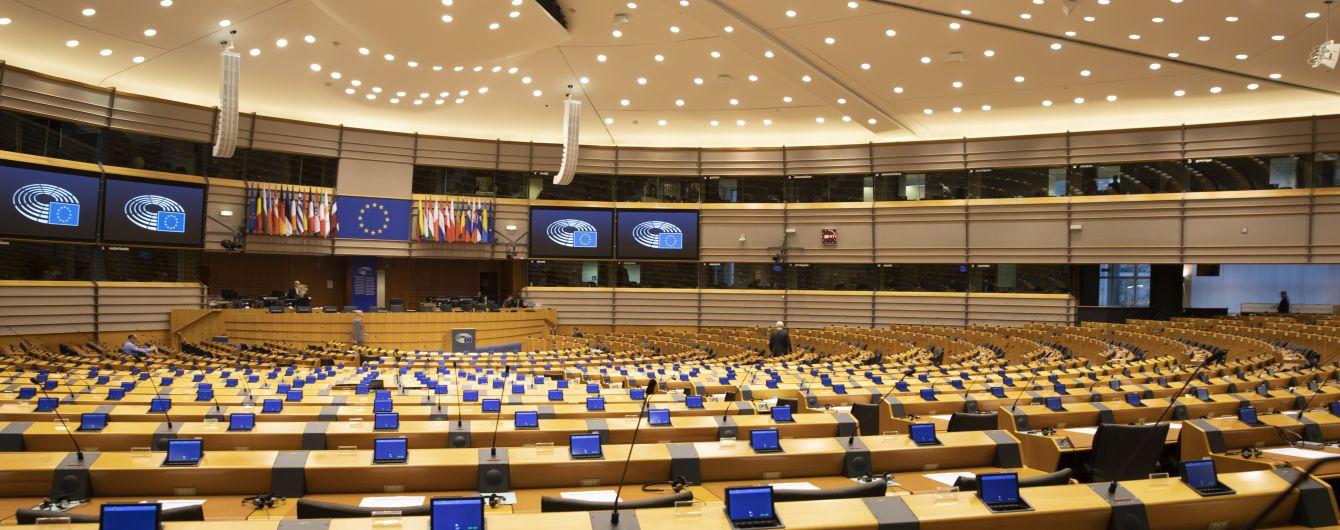 У Європарламенті ініціюють проведення дебатів щодо підтримки України у військовому сенсі та політично