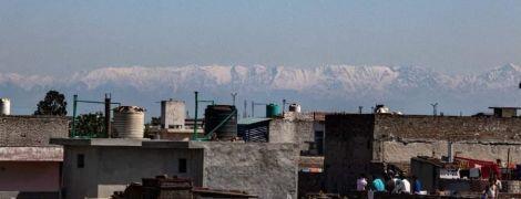 """В Индии люди """"впервые за десятилетия"""" смогли увидеть Гималаи – карантин из-за коронавируса """"очистил"""" воздух"""