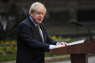 У перехворілого коронавірусом британського прем'єра Джонсона погіршився зір