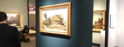 Британка выбрала на память колокольчик вместо картины Ван Гога за 12 млн фунтов стерлингов