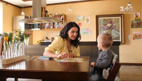 Как приучить малыша к распорядку дня и графику питания