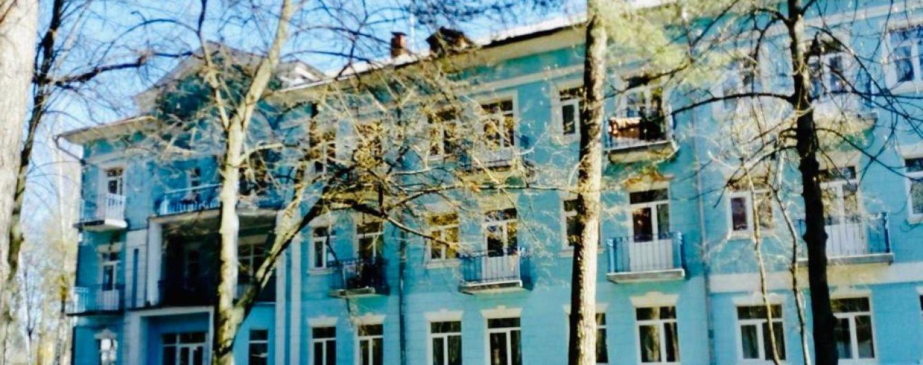 Деньги за проживание брали в долларах, персонал насмехался: украинцы рассказали об обсервации в Ворзеле