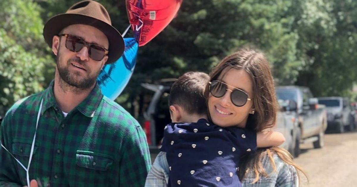 Джастин Тимберлейк умилил редкими снимками с женой в честь ее дня рождения