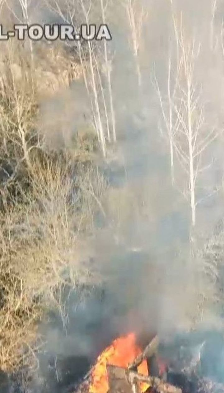 Чорнобильську станцію затягнуло димом і з'явилися нові осередки вогню