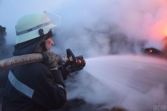 Укргідрометцентр попередив, що у охоплених пожежами регіонах в найближчі дні не буде дощів