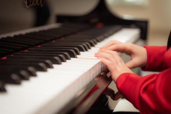 Карантин не завадив юним музикантам із Запоріжжя грати концерти: вони перейшли в онлайн