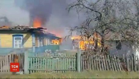 В Житомирской области из-за поджогов сухостоя загорелись дома местных