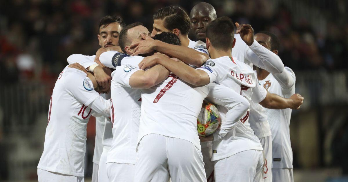 Футболісти збірної Португалії пожертвували майже п'ять мільйонів євро преміальних за вихід на Євро-2020