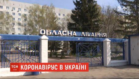 У Кіровоградській області виявлено коронавірус у 74 медпрацівників