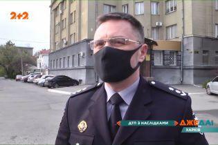 Харківська бійка поліцейських з цивільними переросла у детективний трилер