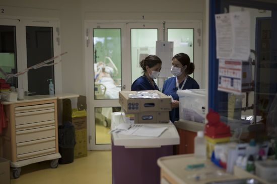 За кордоном від коронавірусу видужав ще один українець - загальні дані на вечір 15 квітня
