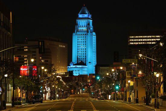 У Лос-Анджелесі через коронавірус скасували всі масові заходи до кінця року
