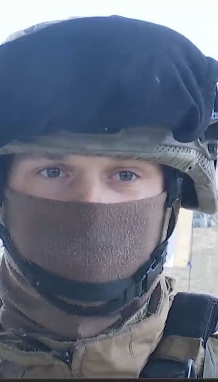 Украинская армия воюет на два фронта: с одной стороны пророссийские боевики, с другой вирус