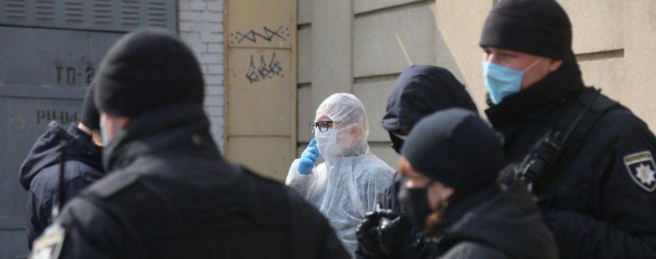 Полиция открыла производство из-за вспышки коронавируса на производстве крабовых палочек в Одесской области