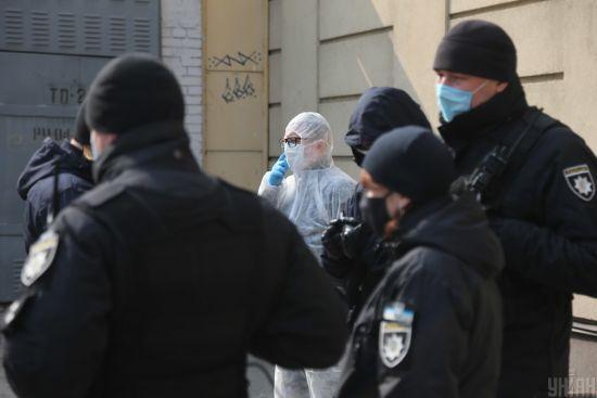 Голова Нацполіції попередив українців про жорсткі покарання за порушення карантину біля церков на Великдень